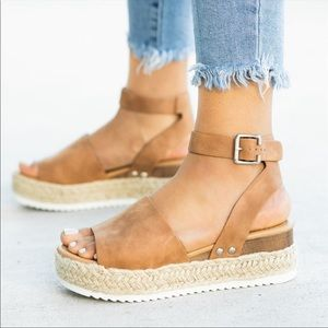 Shoes - A must have for Spring!✨Flat Wedge Espadrilles-Tan